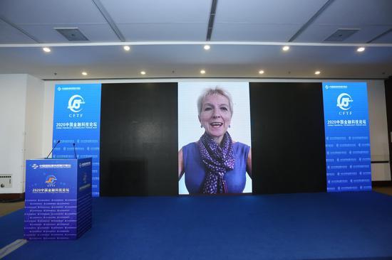 海德薇格:全球金融服务业正走到一个十字路口
