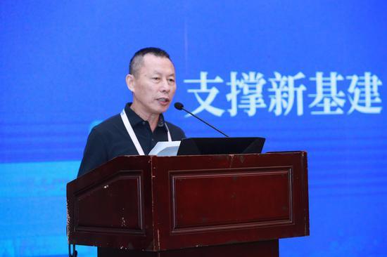 北京市医院建筑协会会长任玉良演讲