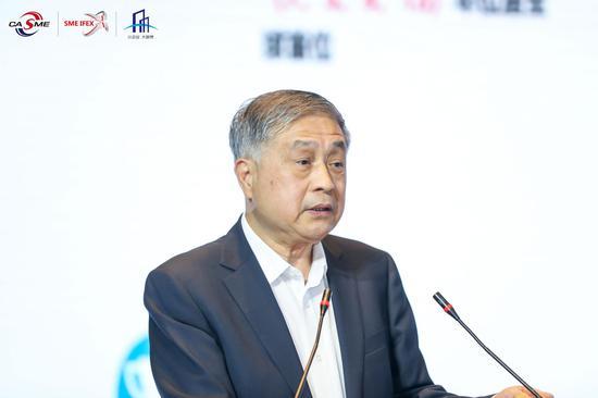 王勃华:光伏和综合能源服务之间是相互促进、共同繁荣的关系