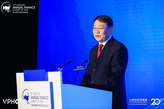 中国银走保险监督管理委员会副主席 梁涛
