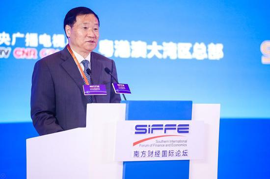 肖钢:金融服务要紧紧围绕大湾区产业转型升级 实现高质量发展