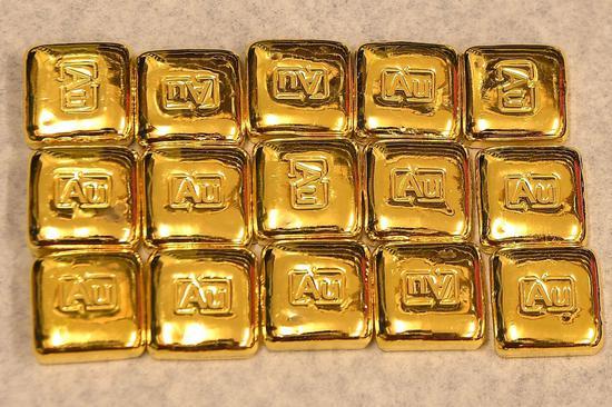 周四黄金期货突破1800美元 创2月以来新高