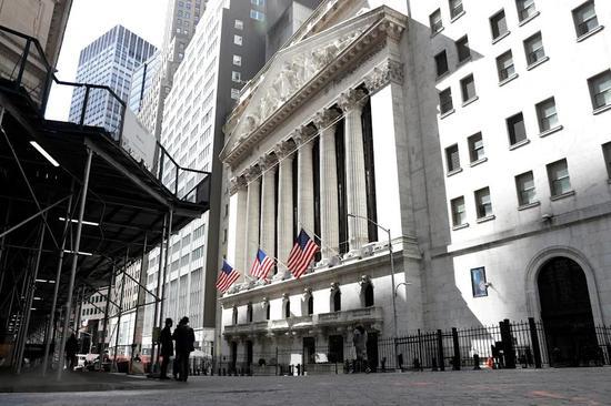 收盘:美股收跌科技股领跌 纳指下挫350点