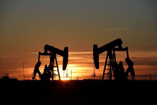 周二美国WTI原油收高2.7% 延续昨日涨势