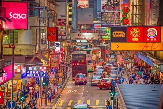 家在内地:疫情下新香港人的春节故事|观潮