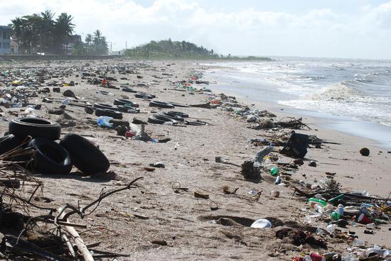 意大利沿海水域被指污染严重 或面临欧盟高额罚款