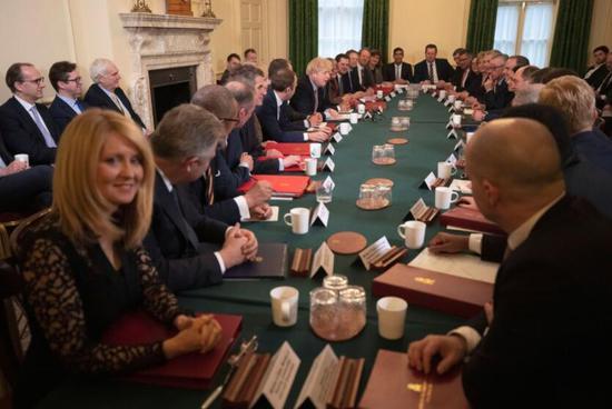 约翰逊坚持明年底前结束脱欧过渡期 将表决脱欧法案