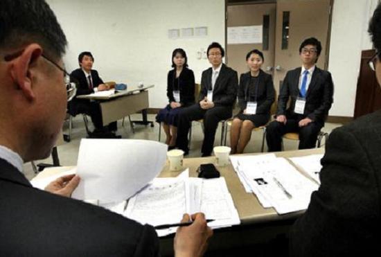 韩国6月就业人口同比增10.6万 失业率3.7%