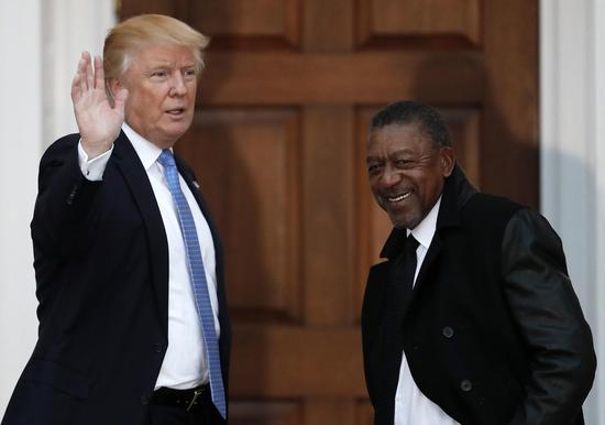 """""""美国首位黑人亿万富翁""""呼吁美国应为奴隶制""""赔偿""""14万亿美元"""