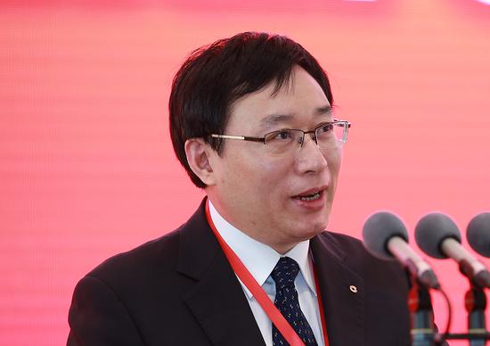 胡春华强调:稳定恢复生猪生产 着力保障市场供应