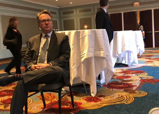 对话纽约联储主席:全球经济放缓影响美联储加息决策