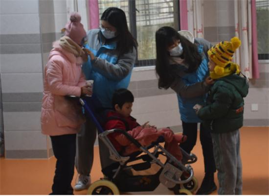 """""""暖冬行动""""进行时:碧桂园帮扶各地深度贫困户和留守儿童过冬"""