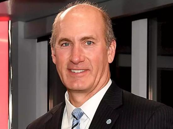 AT&T任命时代华纳CEO为公司新总裁兼首席运营官