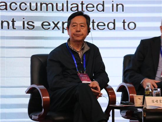 原国家卫生部副部长,原国家卫生和计划生育委员会副主任,中国医药卫生文化协会会长陈啸宏