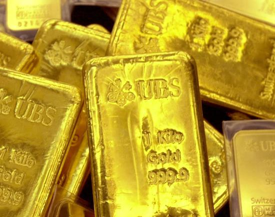 周四黄金期货反转收高0.1% 白银期货跌0.7%