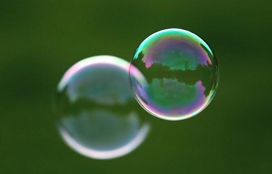 1金融自由化才是刺激泡沫坐大的原因