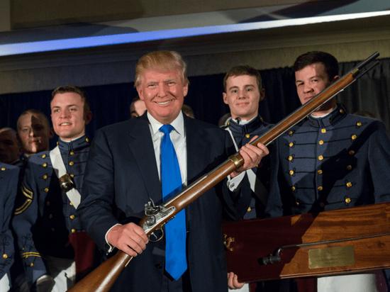 反对禁枪的特朗普上台后 美国枪支销售连续两年下降