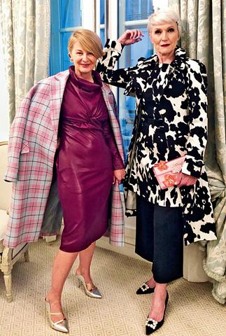 2019 年,梅耶亲善至交兼造型师朱莉娅在巴黎