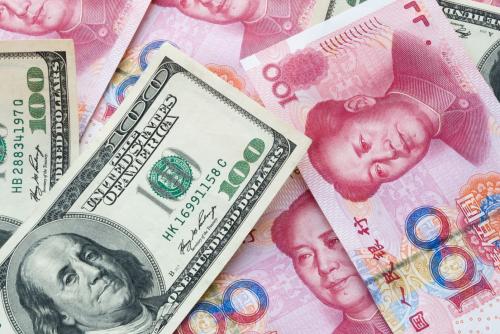 人民币汇率鏖战6.8 多数对冲基金忌惮央行干预能力