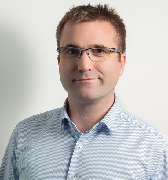 (皮尔·彭龙(Pierre Poignant), Lazada集团 CEO)