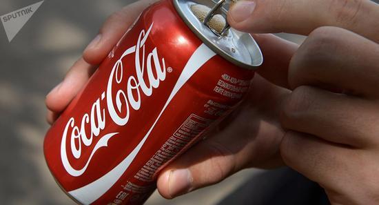 可口可乐被诉商业诈骗、窃取饮料配方  要求赔偿3.45亿美元