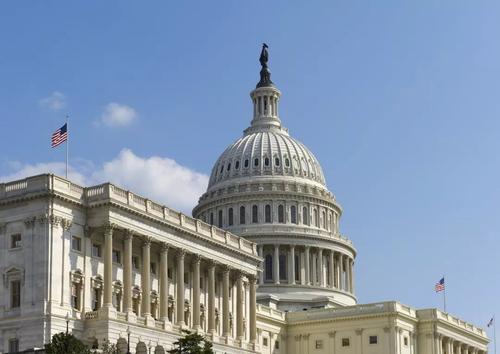 美国两党就临时支出法案达成协议 以避免政府在新财年停摆