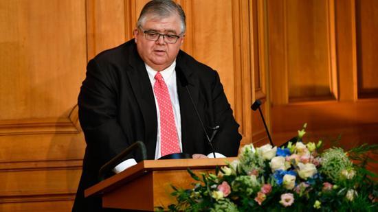 国际清算银行行长奥古斯丁·卡斯滕斯