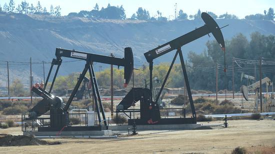 周一美油重挫9.6% 布油暴跌11.2%