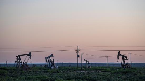 周一美油收高1.8% 布油上涨1.5%