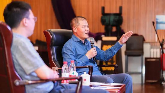 新天钢集团董事长丁立国:没选国企重组的都后悔了