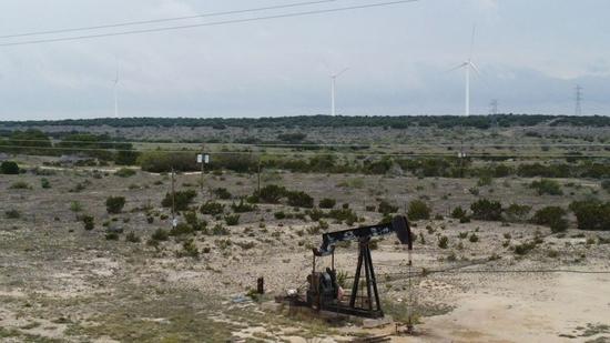 周三美国WTI原油收高2.5% 创近一周来最高收盘价