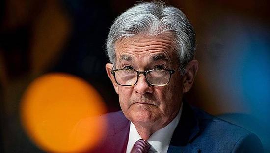 鲍威尔称市场状况混乱和金融状况持续收紧会让他担忧