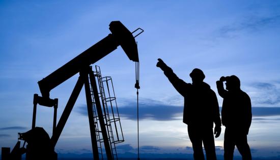 OPEC+周四有望再發政策大禮包 重要會議前決定下調石油需求預估