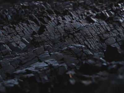 兖州煤业升逾7%领涨煤炭股 动力煤价格再创新高