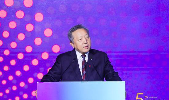 李东生绝地重生:曾被评上市公司最差老板 净亏18亿
