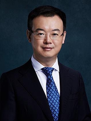 张 扬 华控基金董事长