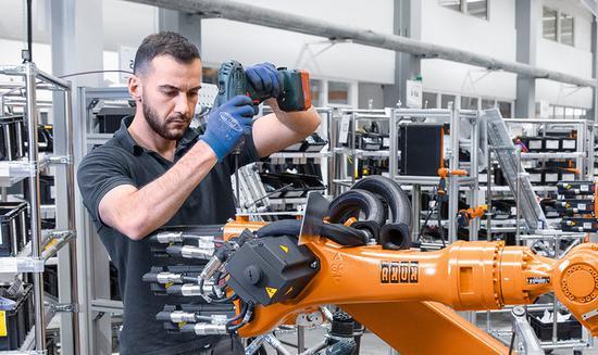 2017顶峰过后 德国机器人技术销量增长速今年将放缓德国