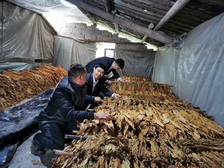 调研一线:农行重庆分行扶贫重点县贷款余额增11.88%