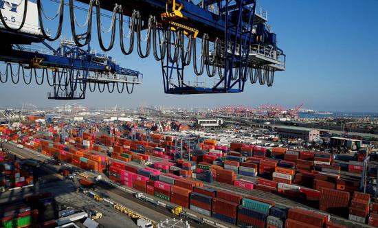 2019年1月30日,美国洛杉矶,洛杉矶港Yusen码头的集装箱。REUTERS/Mike Blake