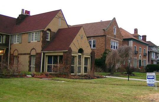 美国6月二手房销量出现五个月来首次增长 房价中位数再创新高