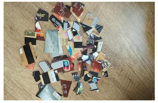 图:张女士已注销的信用卡