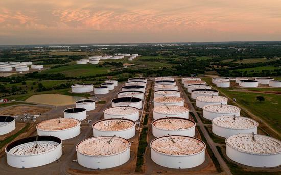原油期货价格周三收高 库存下降提振