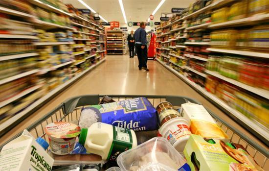英国要求超市大量囤货恐脱欧失控一半货架空空如也