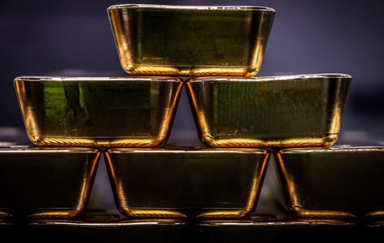 周一黄金期货收跌0.7% 创一周来最低收盘价