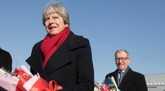 商务部:英国首相访华将签署90亿英镑商业协议英国首相