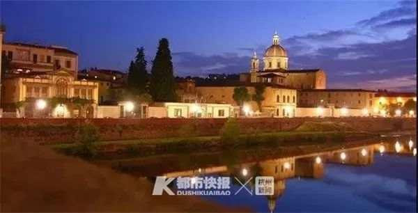 伯利尼家族博物馆夜景