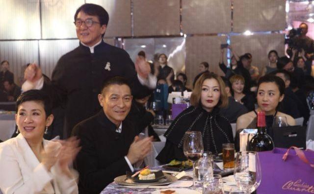 古天乐举办慈善晚会香港半个演艺圈都来了 郑秀文带病坚持参加