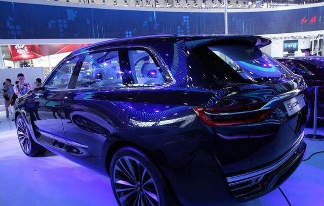 配V6发动机,能和奥迪Q7叫板,这辆国产SUV让人骄傲