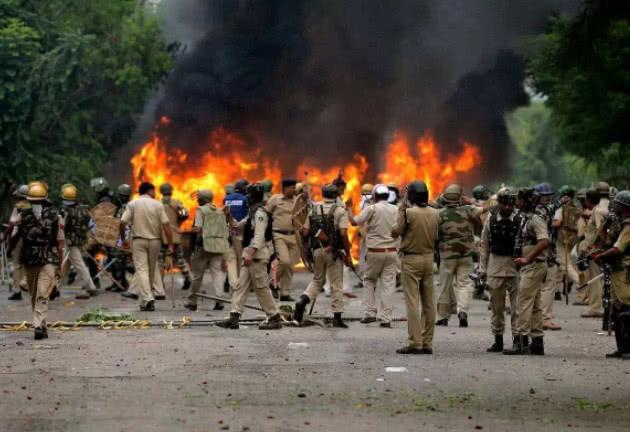 印巴冲突_印巴冲突紧张时刻,巴铁境内传出一声巨响,印军紧盯视频寻找答案