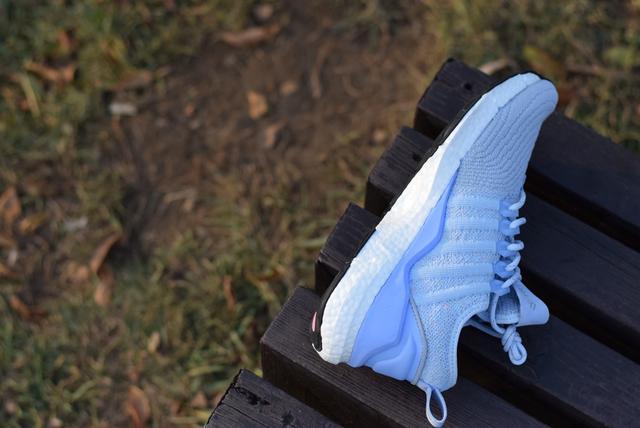 为奔跑而生,小米有品发布减震运动鞋,售价249!
